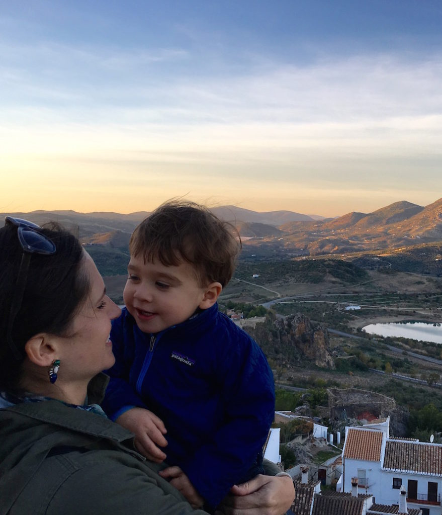 3 reasons you should travel with young children